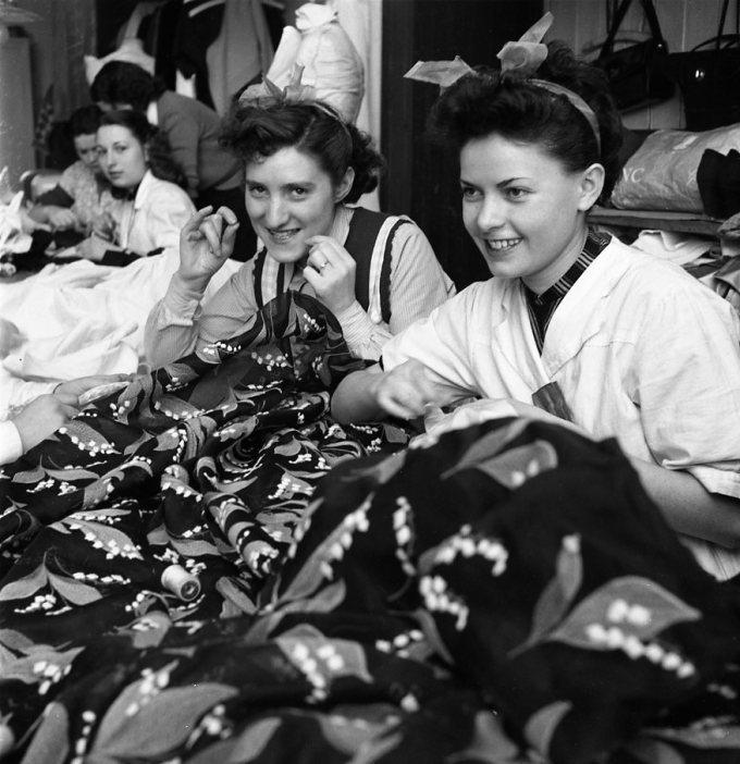 Atelier-di-sartoria-Givenchy-1953